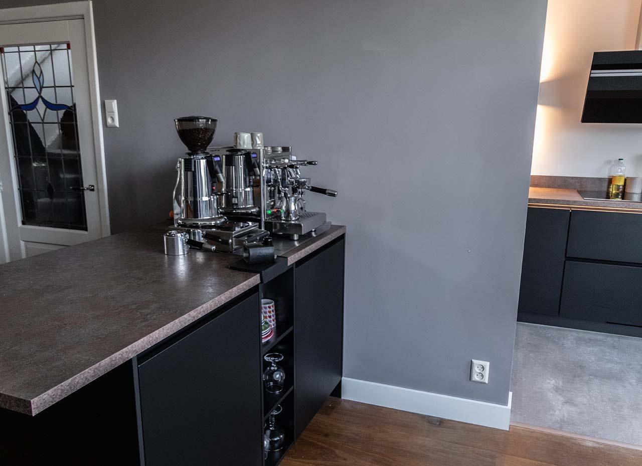 RemmerswaalBouw Aannemersbedrijf - Projecten - Keuken voorbereiding Leidschendam foto 5