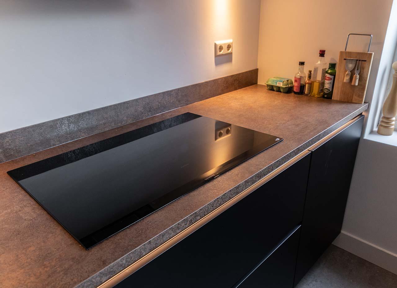 RemmerswaalBouw Aannemersbedrijf - Projecten - Keuken voorbereiding Leidschendam foto 7